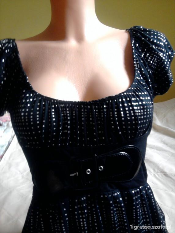 Elegancka kobieca sukienka rozmiar S lub M