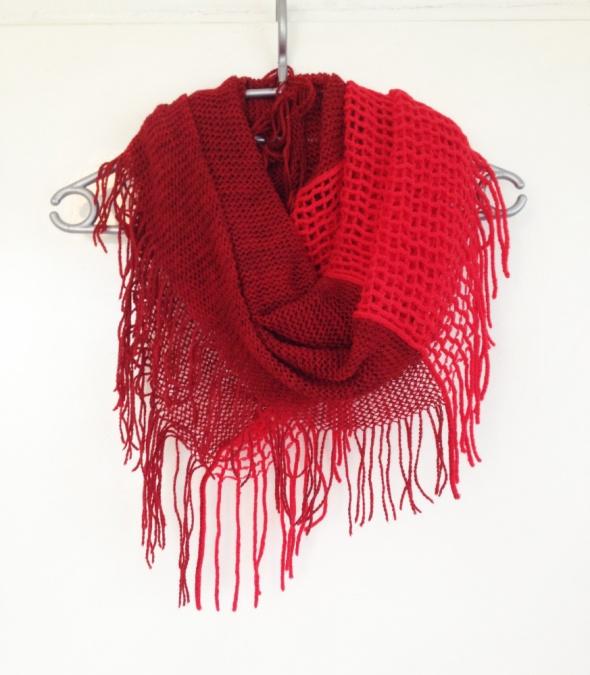 Komin czerwony bordowy frędzle szalik uniwersalny elastyczny miły w dotyku nowy zimowy