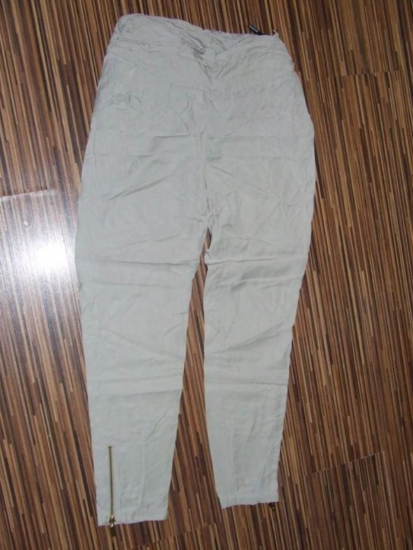 Spodnie spodnie bezowe Top Secret rozmiar 36