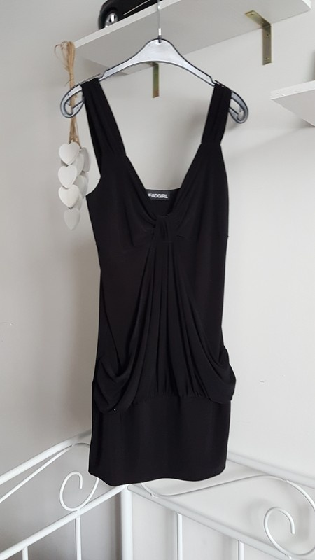 Sukienka mała czarna mini