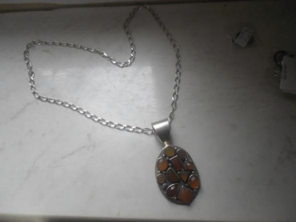 Piękny srebrny masywny naszyjnik z wisiorem 45 gr