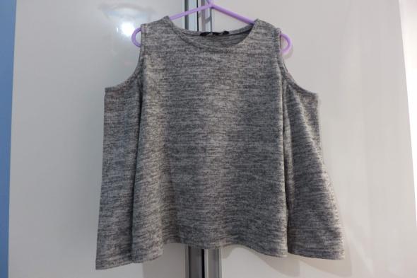 Śliczny sweterek rozm 134 na 9 lat Candy Couture