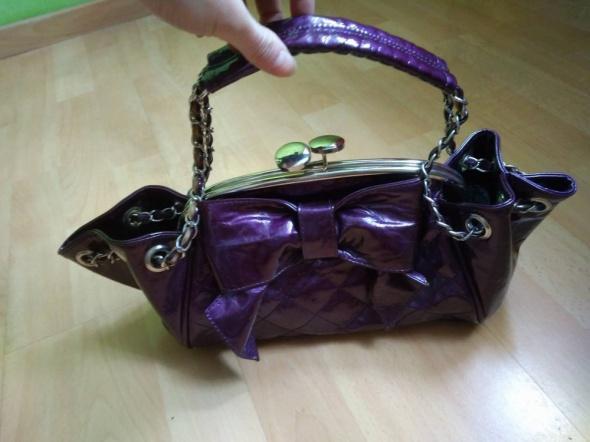Torebki wieczorowe torebka elegancka fioletowa z kokardką