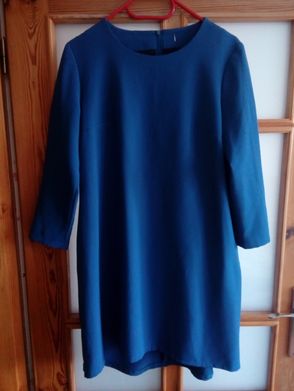 Sukienka prosta niebieska 40 42
