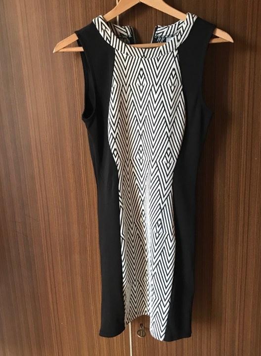 Czarno biała sukienka 38 hm w Suknie i sukienki Szafa.pl