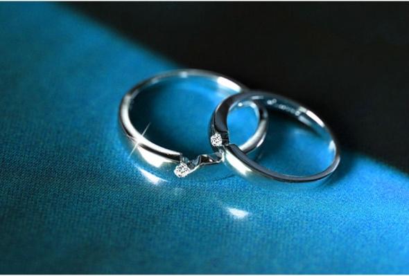 Nowy pierścionek srebrny kolor posrebrzany 925 cyrkonia prosty obrączka