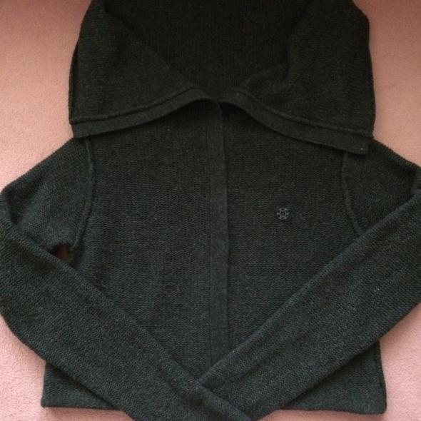 sweter z jagniecej welny...