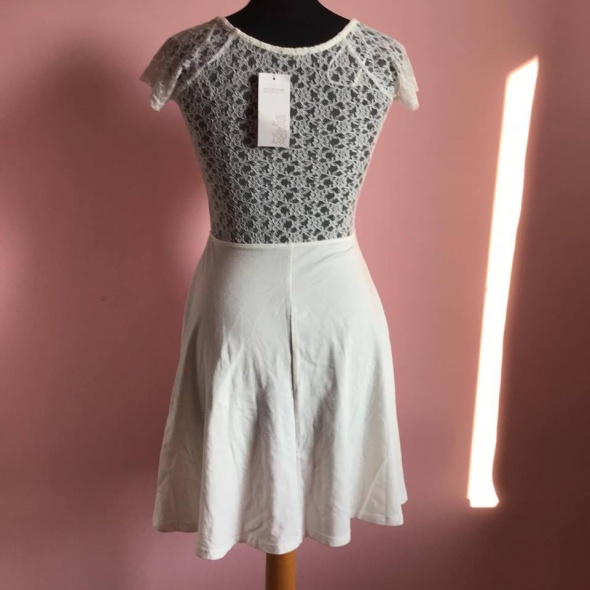 Nowa sukienka M 38 Terranova koronkowa...