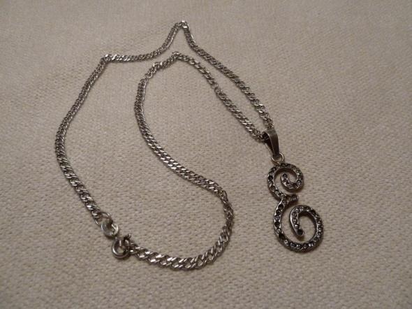 łańcuszek srebrny z zawieszką