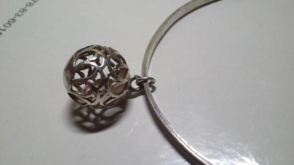Stara srebrna bransoletka z kulką