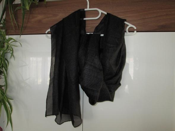 czarna apaszka Mohito
