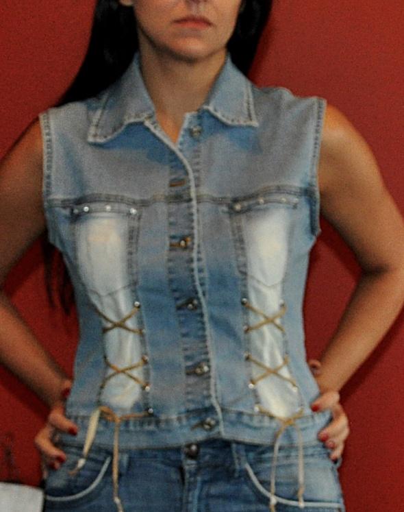 jeansowa kamizelka z wiązaniami