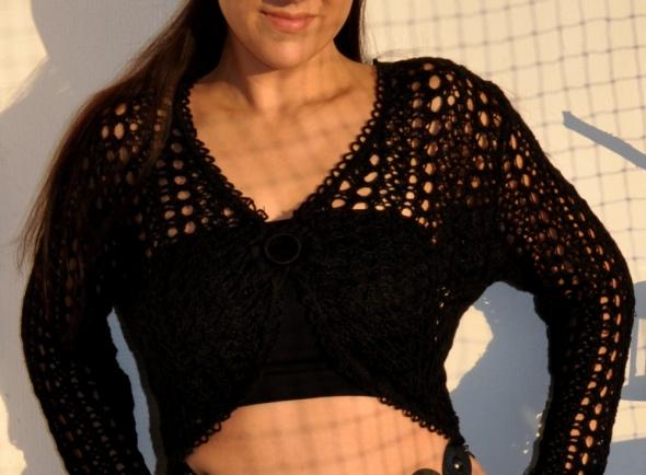 czarny ażurowy sweter