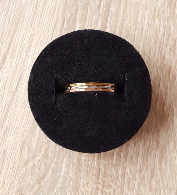 Nowe pierścionki zestaw pierścionków komplet złoty srebrny róż kolory