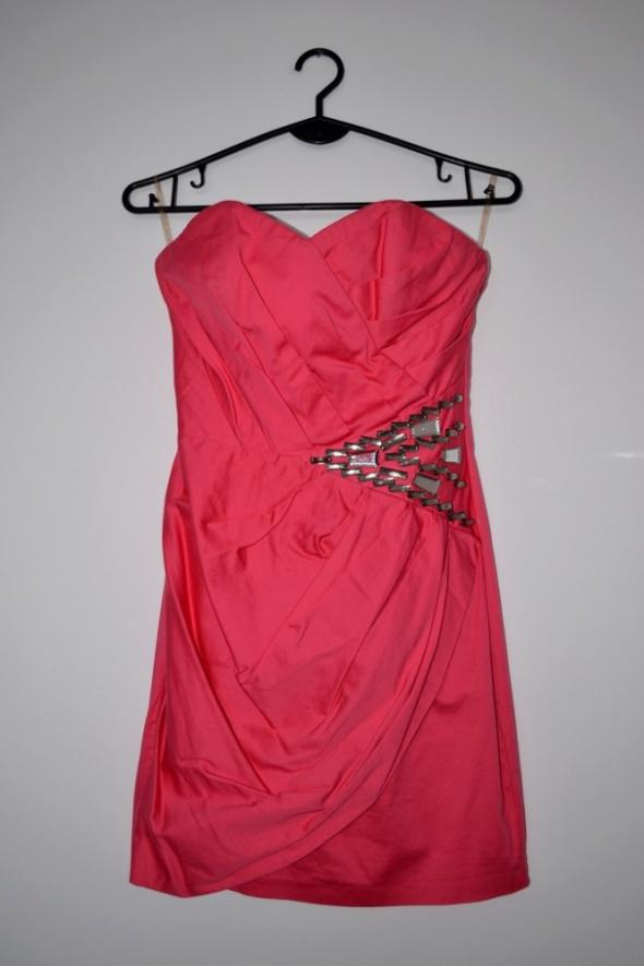 sukienka Lipsy S