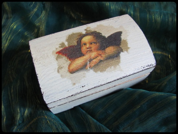 Szkatułka mini puzderko kuferek