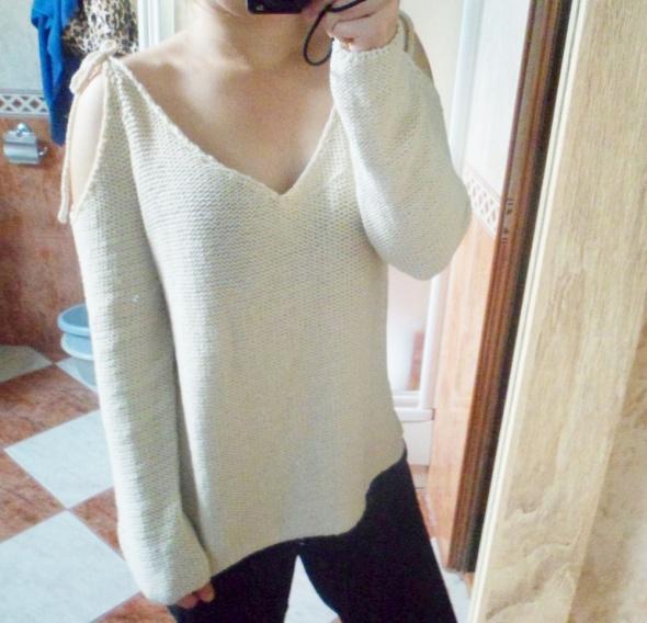 Nowy z metką sweter Pull&Bear wiązany cold shoulders sweterek b...