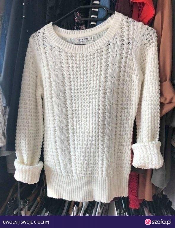 Wyprzedaż biały sweterek terranova