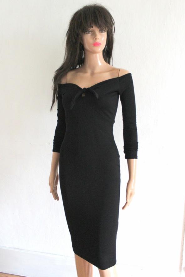 Elegancka czarna sukienka midi r 32 w Suknie i sukienki