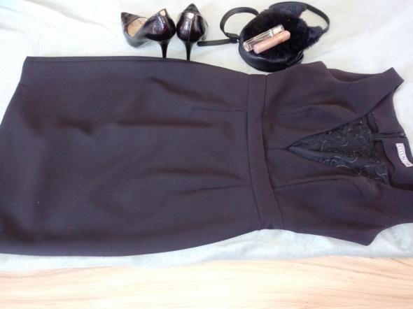 Sukienka Vissavi midi czarna...