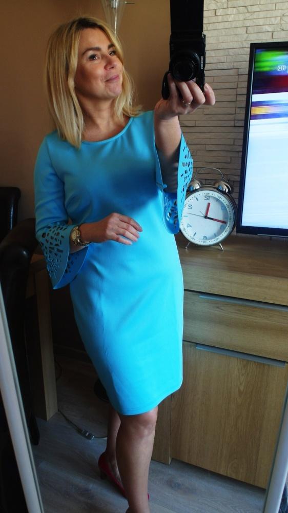 Nowa sukienka ażurek