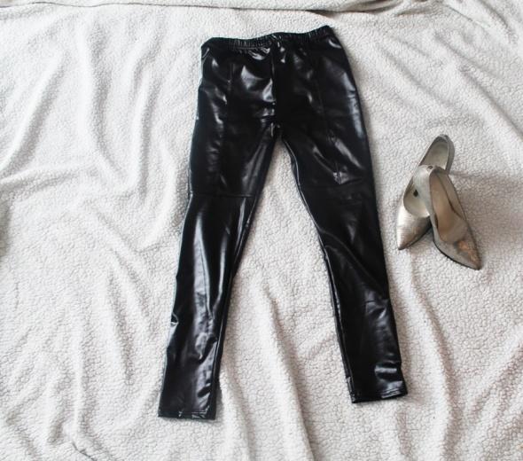 Czarne legginsy ala skórka nowe
