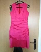 Różowa eleganca sukienka