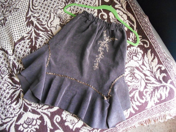 Spódnica 140 146 na 10 11 lat brązowa elegancka