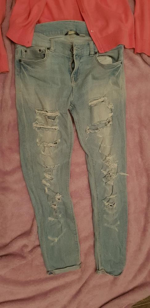 Spodnie Hit 2019 Jeansy z dziurami