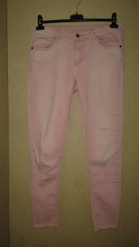Elastyczne jeansy rurki girlfriendy 42 44