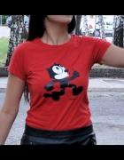 czerwona koszulka z kotem...