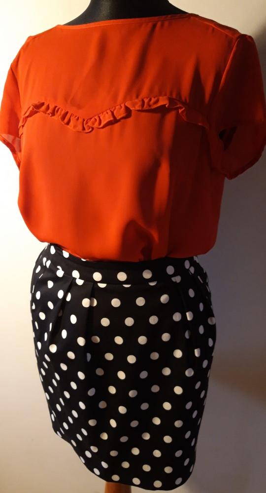 Bluzka i spódnica marki Mohito