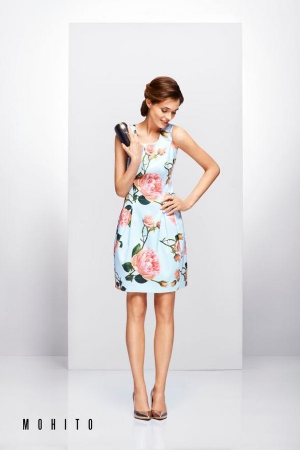 sukienka w kwiaty Mohito 38