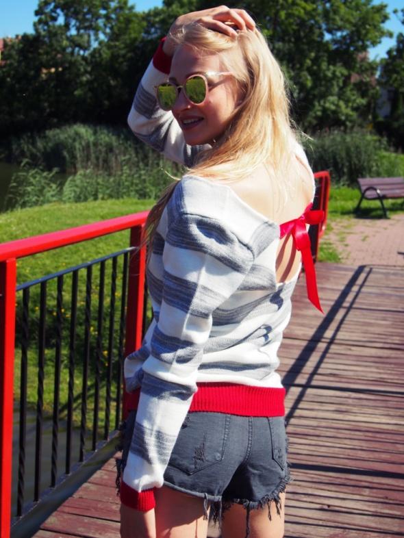 Swetry Sweter tunika odkryte plecy Nowy