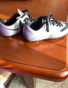 Korki chłopięce Nike...
