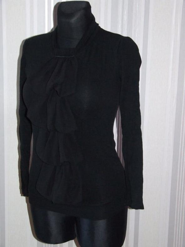 czarna bluzka z zabotem rozmiar S