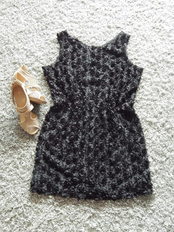 Suknie i sukienki mała czarna 3D kwiaty