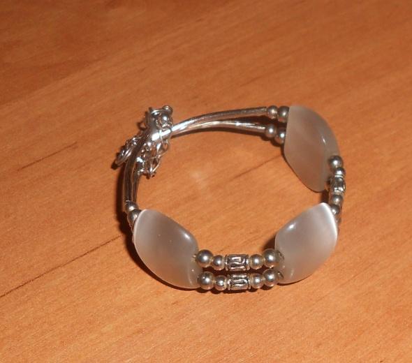 bransoletka perłowe kamienie