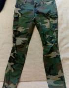 Spodnie moro kamuflaż Cropp military...