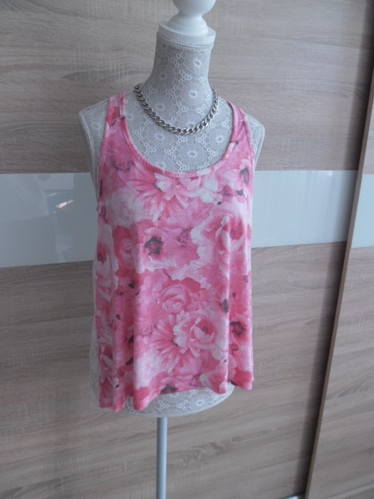 Top floral New Yorker 36