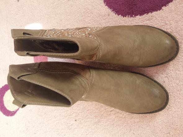 Buty damskie ocieplane jak nowe 40