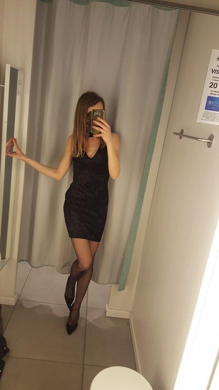 Nowa wieczorowa welurowa mala czarna sukienka select s...