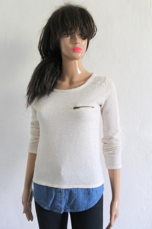 Swetry Bezowy sweterek z imitacją koszuli r S