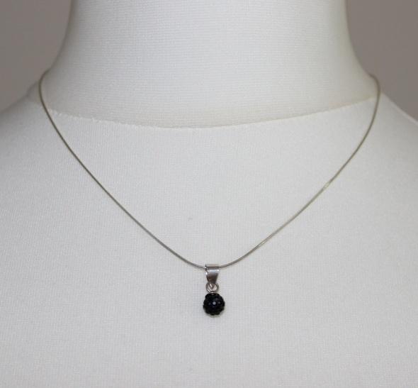 Łańcuszki srebrny łańcuszek z zawieszką SWAROVSKI