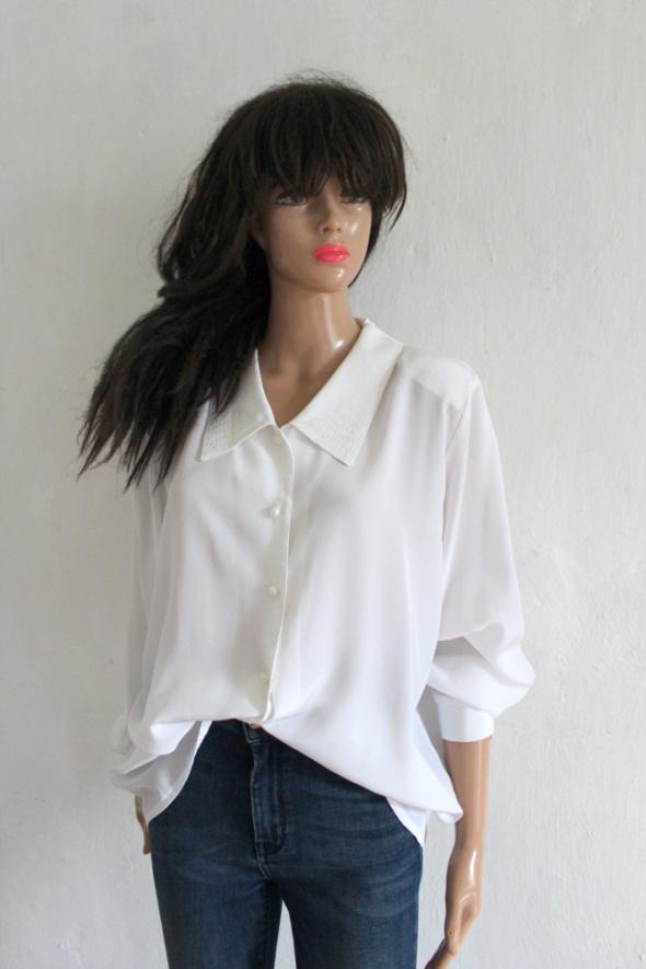 Biała lejąca koszula r LXL...