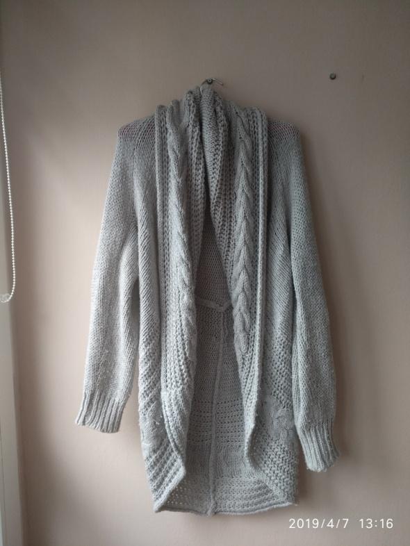 Gruby dziergany sweter długi kardigan oversize