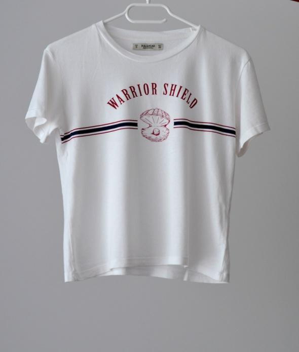 Biała koszulka z motywem Pull&Bear