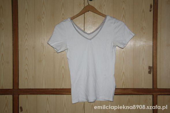 biała bluzeczka