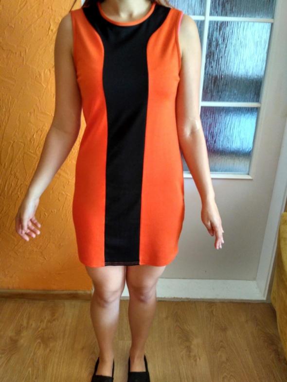Czarno pomarańczowa sukienka wyszczuplająca 36