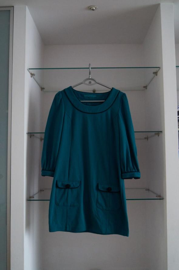 Butelkowa zieleń sexi sukienka
